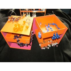 šperkovnice, oranžová